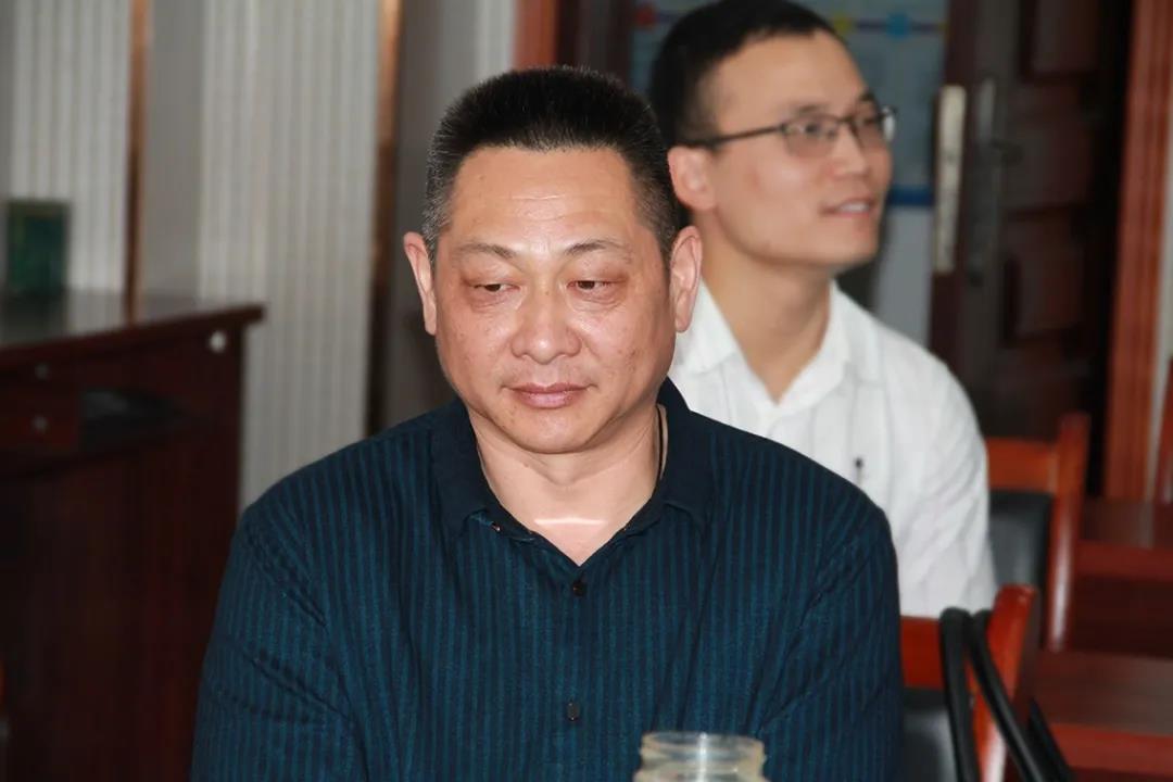 """信阳灵石""""闪电行动""""4月月度冠军颁奖"""