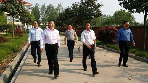 中建材南方水泥集团领导一行来我公司参观考察工作