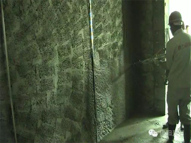 【金灵鉐】恭喜信阳灵石机喷湿拌砂浆添加剂产品在保利地产石家庄工程中投入使用