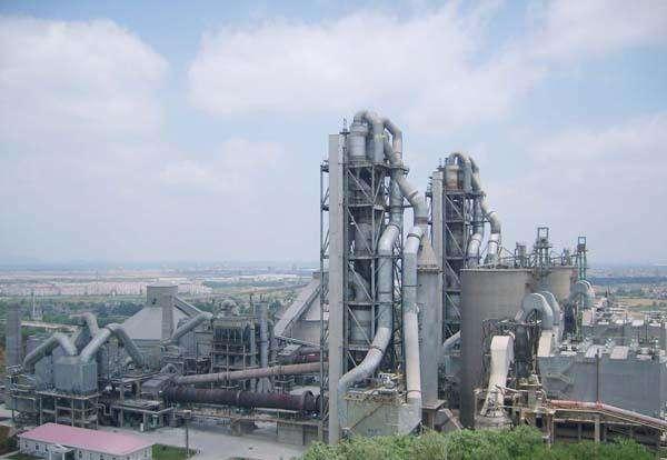 今年1~8月份全国水泥产量13.8亿吨