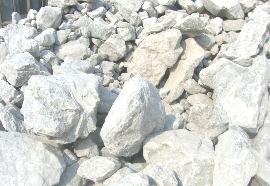 水泥和矿物外加剂对石膏抹面砂浆性能影响之材料与试验方法